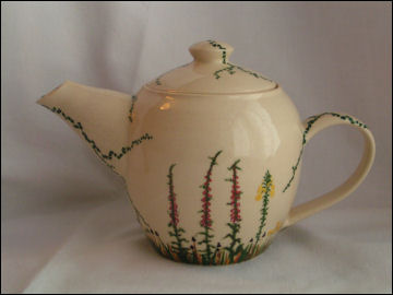 Meadow flower teapot
